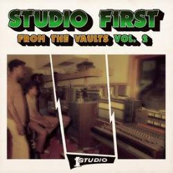 Various Artists (Studio One) - From The Vaults, Vol. 2 (CD) - Unreleased tracks from Dennis Brown, Freddie McGregor, Jennifer Lara & Johnny Osbourne